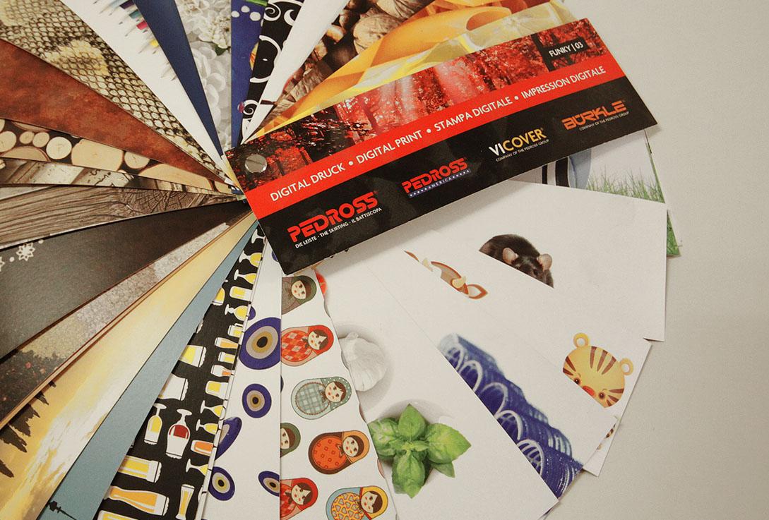 Listverk med foto eller grafikk